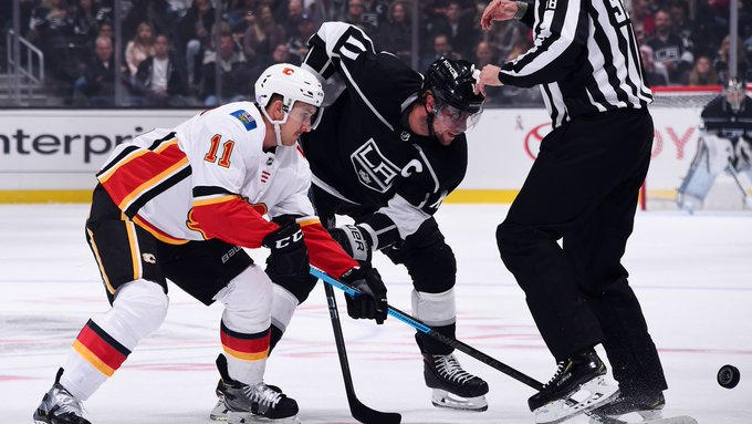 Final 20 underway ... 📍: Los Angeles 📺: @hockeynight 📻: @Sportsnet960 🖥️: #⃣: #CGYvsLAK Photo