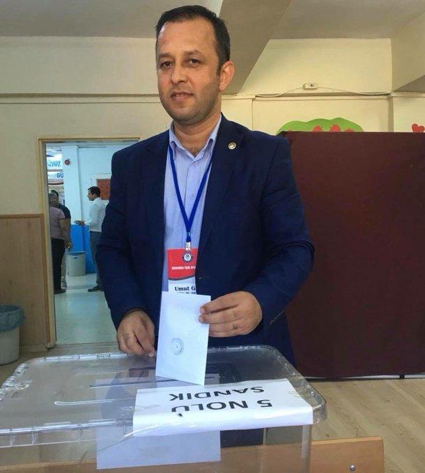 Kozanımızı Ankara'da temsil edeceğ kasım Cumartesi günü ğan kongrede 12500 üyeyi temsilen Adana'dan 7merkez delegesi seçilmiş olup,Genel MerkezdeKozanı temsil etme grurunu yaşatan; üyelerimize, İlçe yönetimine,il delegelerimize,il yönetimimize ayrıayrı teşekkür ediyorum Fotoğraf