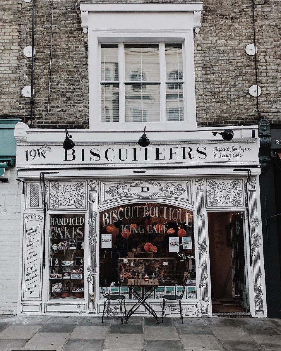 Notting Hill afternoon tea break at @biscuiteersltd ☕🍰 [via IG/george_in_london] #visitlondon