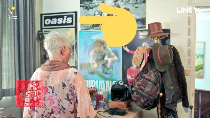 ห้องของฉีมีโปสเตอร์วงเลือดข้นคนจางจากอังกฤษด้วยแฮะ แปะโนลจะดีกับกู๋เลียมเมื่อไหรหนอ อยากฟังเพลงใหม่แล้วค้าบบบบบ #เลือดข้นคนจาง #Oasis Photo