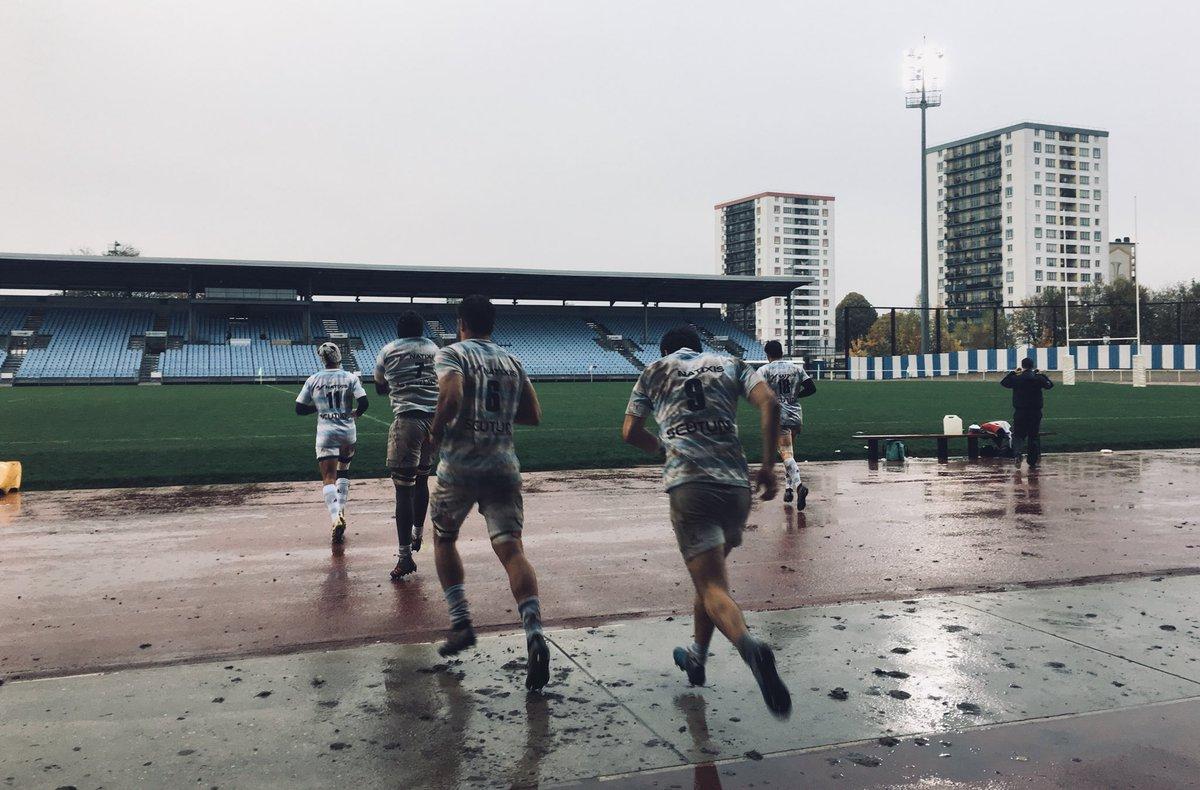 ESPOIRS - Racing vs Stade Français   C'est reparti à Colombes ! Allez les Ciel et Blanc    Racing 8 - 3 Stade Français   #RacingFamily https://t.co/Ap91H7P5uV