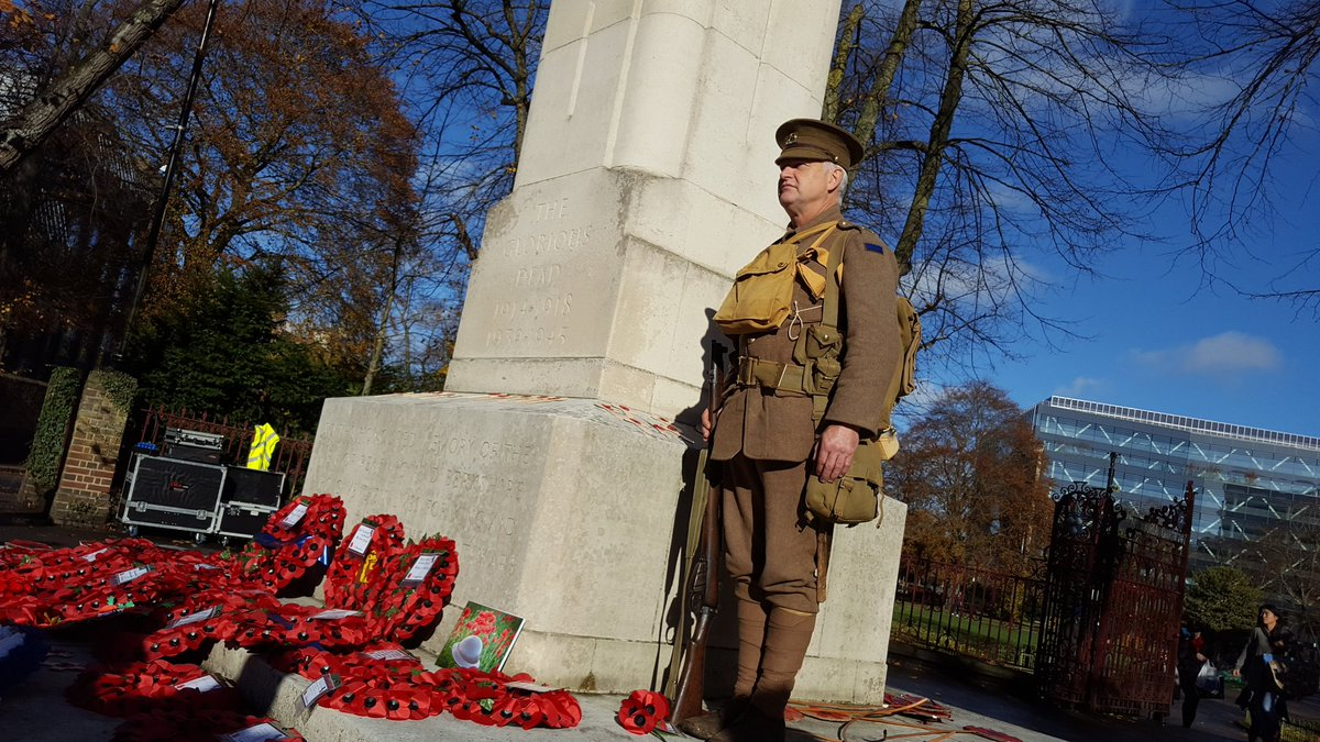 Reading remembers #WWICentenary #RdgUK #LestWeForget https://t.co/hQk2oZCwSk