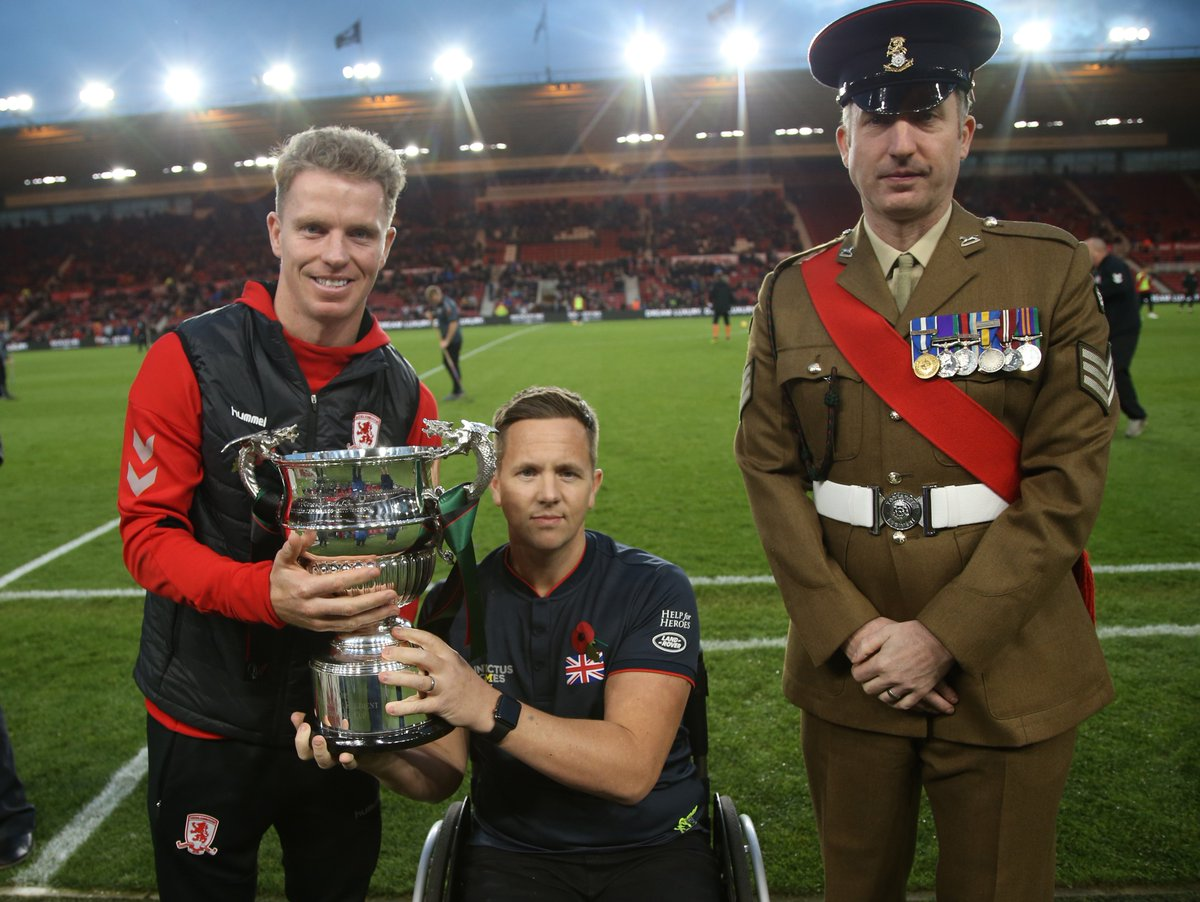Yesterday, the @YORKS_REGT presented club captain Grant Leadbitter with the Yorkshire Regiment Trophy, crowning #Boro as last seasons Champions of Yorkshire 🏆 👉 bit.ly/2z2TRLE #UTB
