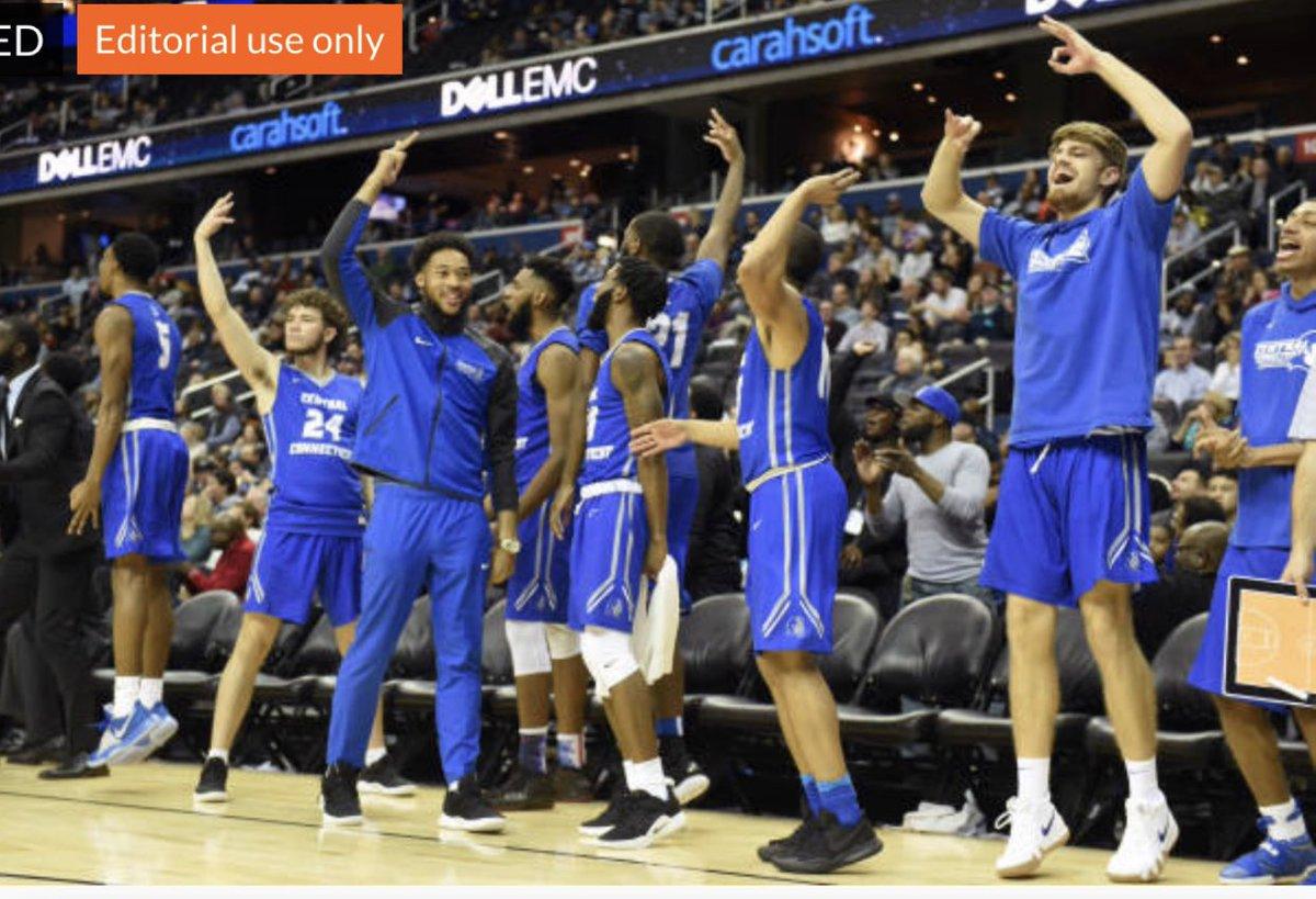 This is one of my fav pictures from last night. We need this same energy from the bench every game. Love this team. #family #KTSE #ccsubluedevils