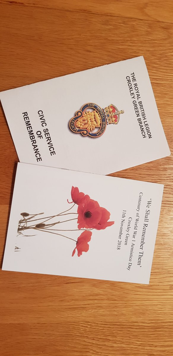 Proud to accompany 21 students who volunteered to participate in today's parade and Remembrance Service at @CroxleyAllSaint. Our first of many such occasions as part of the #CroxleyGreen community. #lestweforget18 https://t.co/34gdyxpEb7