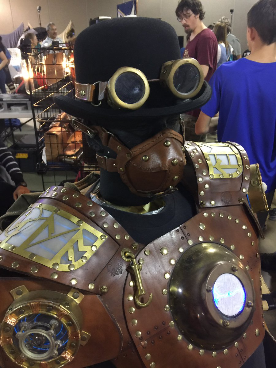 #STEAMpunk creations and designs at @OrlMakerFaire. #makerfaire