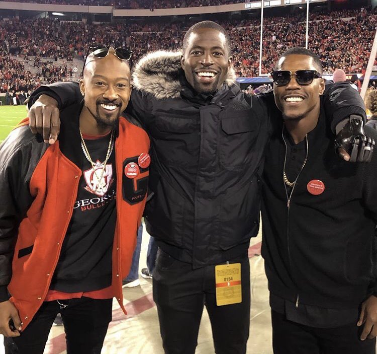 A few God Dawgs in Athens. @Tkunodos had a great picture, but @knowshonmoreno jumped in and messed it up. Lol