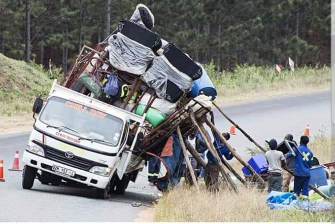 King Monada vs Vusi Nova & Gqom Artists going to festive Season. #idibala Photo