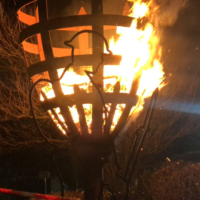 The lighting of the beacon at Lyle Hill brings our remembrance commemorations to a close. #InverclydeRemembers Photo
