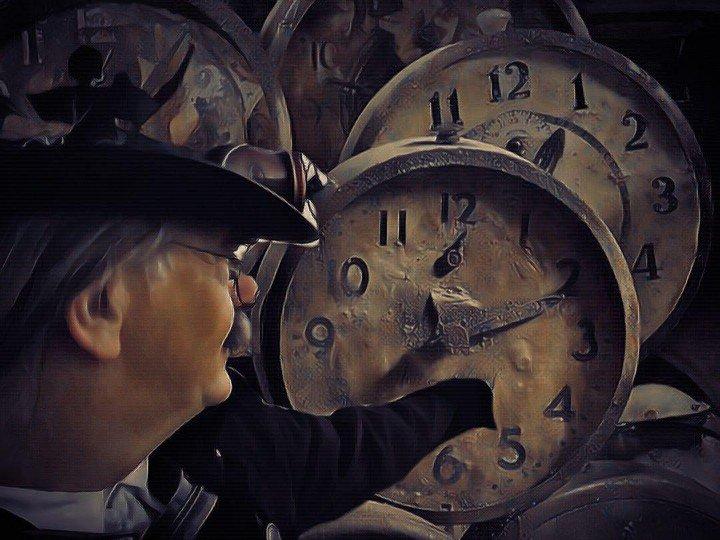 #steampunk #Victorian #Futurism #Retro #clock #zeitreise
