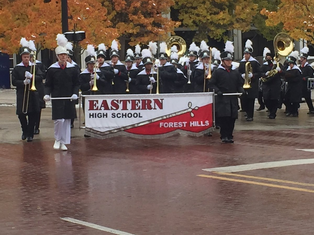 Eastern High School marching band participated in the annual Grand Rapids 2018 Veterans Day parade on Saturday. Thank you to the men and women who have served this great country. @FHEastern #allFHPSlearners #VeteransDayWeekend<br>http://pic.twitter.com/av1ciwyOZ8
