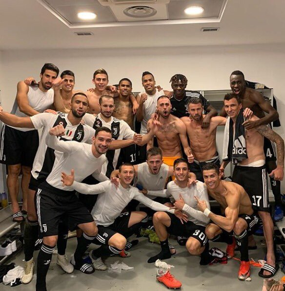 Bravi ragazzi! Big win at San Siro 💪🏽🔝🏳🏴 #MilanJuve #FinoAllaFine #ForzaJuve #SK6 @juventusfc