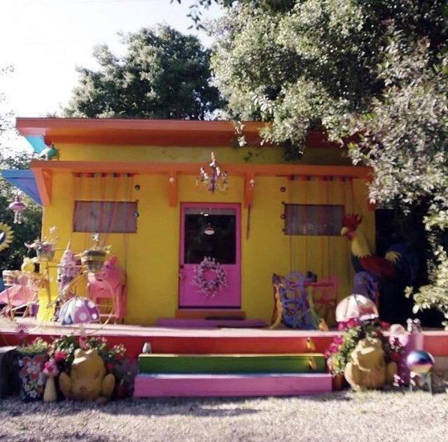 Casa de Miley Cyrus e Liam Hemsworth em Malibu foi destruída pelo incêndio florestal