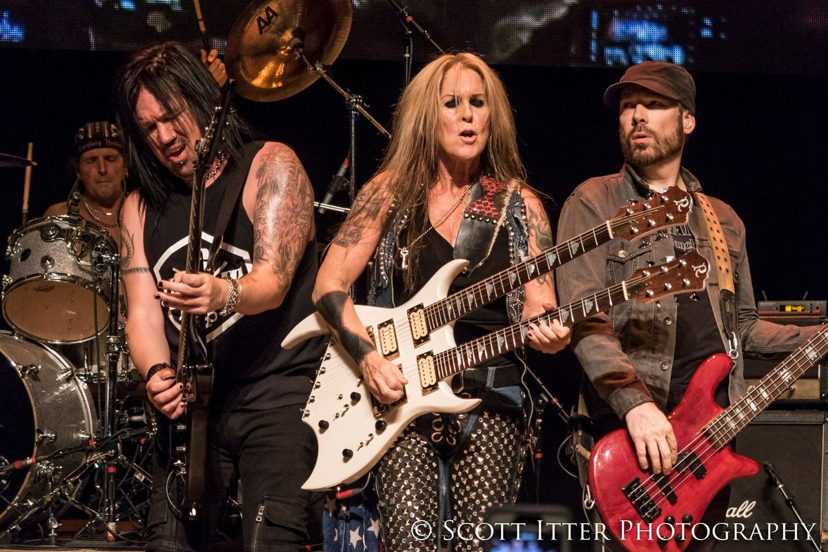 Great shot of the whole band a couple nights ago in St. Charles, IL at the @ArcadaTheatre! @bobbyrocklive @PatrickKennison #LitaFord @Marty_OBrien Photo by Scott Itter