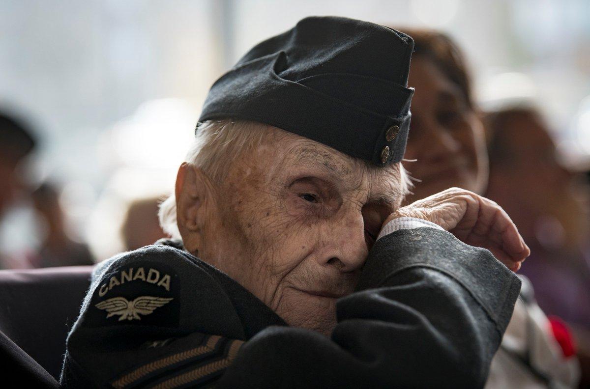 Kevin Van Paassen Kvanpaassen Twitter Winter Hat Wh 94 Veteran Wiping Away A Tear