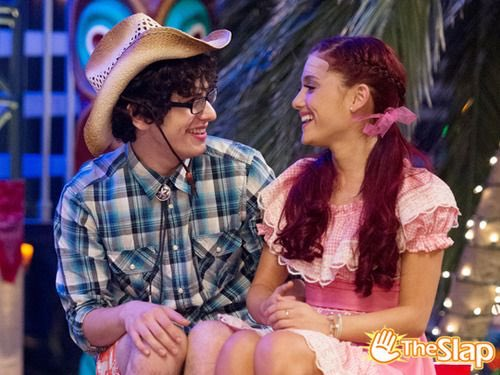 I think Ariana Grande is meant to be with Matt Bennett #catandrobbie