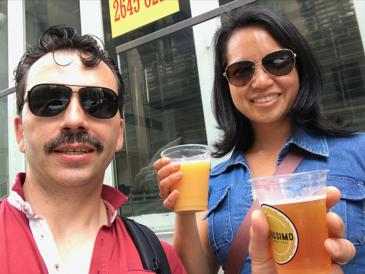 Drinking on the street is legal or even encouraged! #HomgKong pic.twitter.com/RQNpVKjYOv
