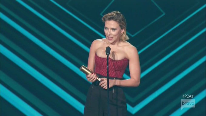 The Female Movie Star of 2018 at the #PCAs is Scarlett Johansson. Photo