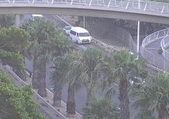 #CPTTraffic Accident: N2 outbound outbound after New Market Str, emergency lane obstructed. Please approach with caution. Photo