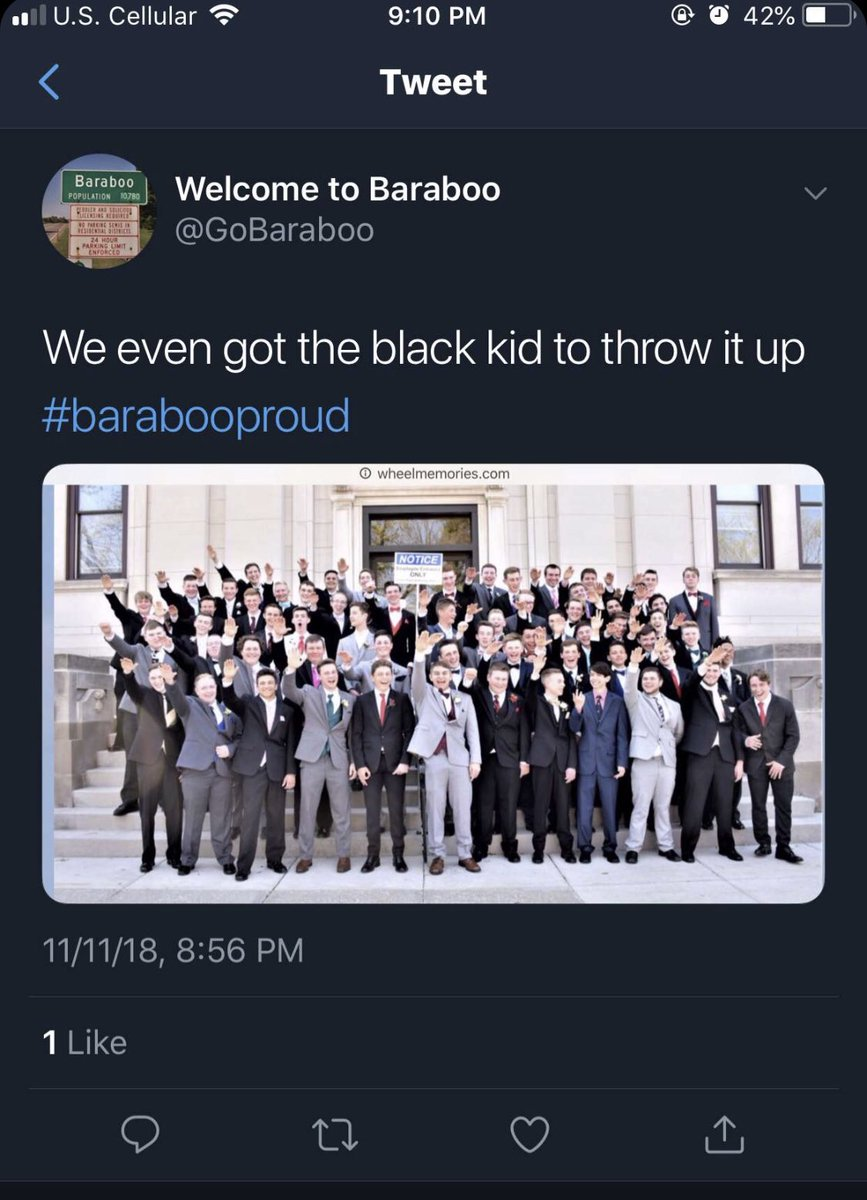 Photo Of Students Giving Nazi Salute Being Investigated By Wis. School District