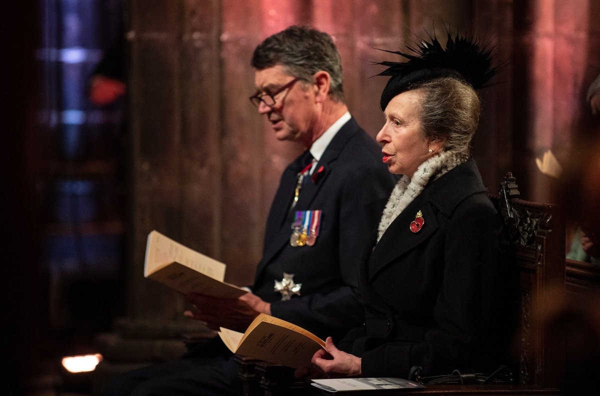The Princess Royal attended the #Armistice100 Scottish Commemorative Service in Glasgow Cathedral.