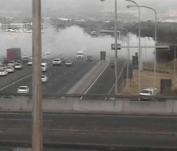 @netstartraffic: #CPTTraffic Grass fire: N2 outbound after Raapenberg Rd. Please approach with caution. #CLEMTRAFFIC Photo