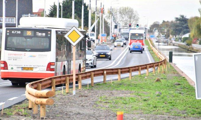 Hoe veilig zijn houten vangrails langs provinciale wegen? https://t.co/3EUstRHJ4I https://t.co/Wmc5Ro8vuG
