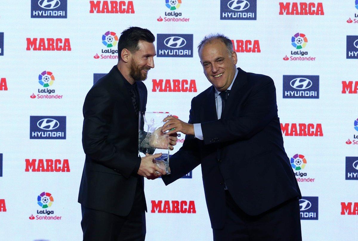 🏆 #PremiosMARCA2018 🏆 ⚽ #LaLigaSantander ⚽  🥇 Mejor Jugador: Messi 🥇 Máximo goleador: Messi 🥇 Máximo goleador nacional: Aspas 🥇 Portero menos goleado: Oblak 🥇 Mejor Entrenador: Marcelino  🥇 Mejor Gol: Chema