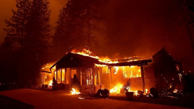 Death toll rises to 31 in California wildfires; more than 200 missing. #SoCalFires https://t.co/GPKRYDKGKS