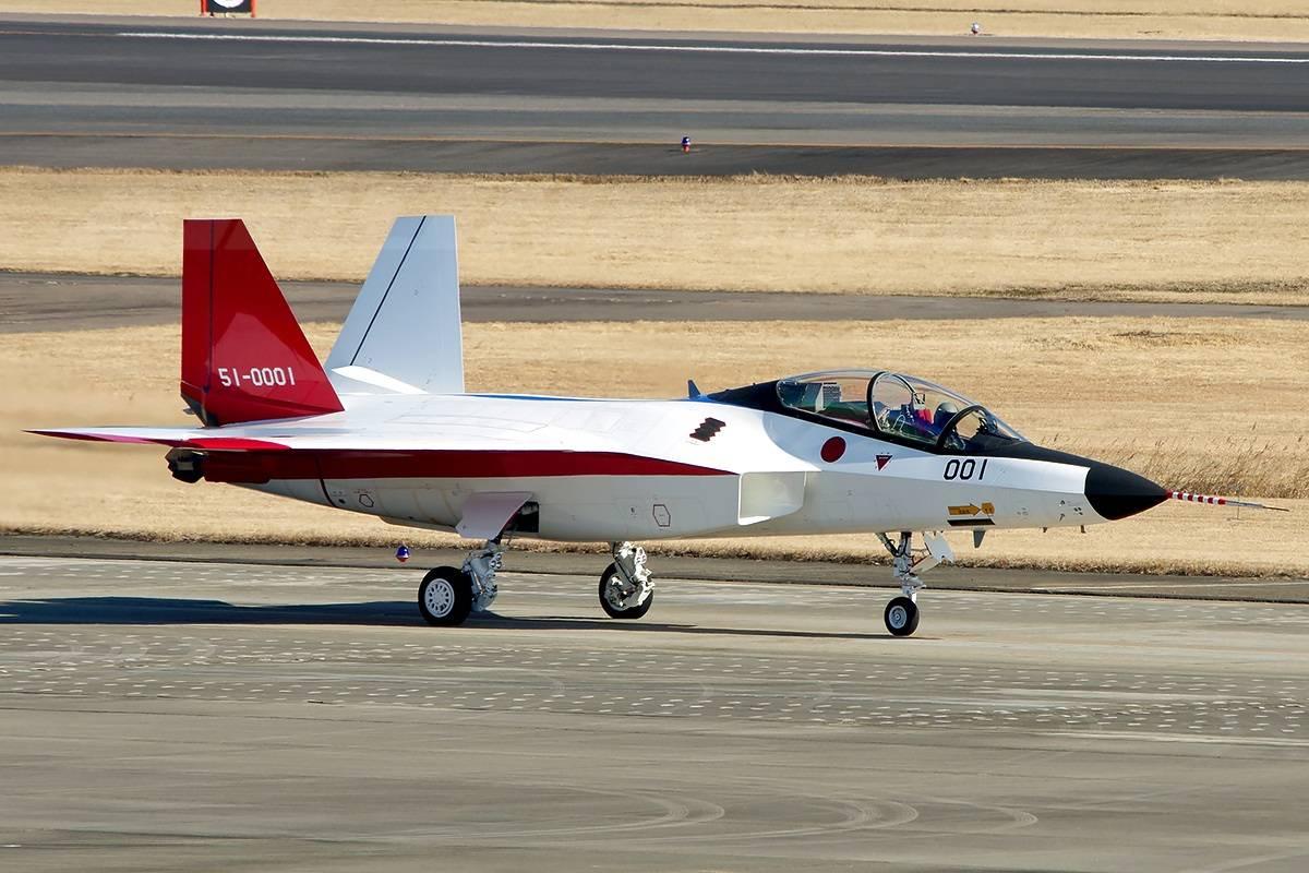 مشروع مقاتله الشبح Mitsubishi X-2 Shinshin اليابانيه على حافه الفشل واليابان تبحث عن بديل  DrzXO8sV4AA_zIv