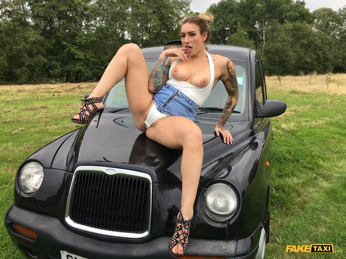 2 pic. Check out my new @FakeTaxi ride on @FAKEhubOfficial 🚕🚖🚕🚖🚕 https://t.co/DMekoCovUc