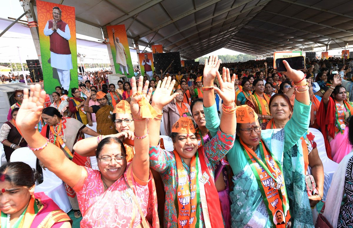 Some glimpses from the rally in Bilaspur earlier today. @BJP4CGState