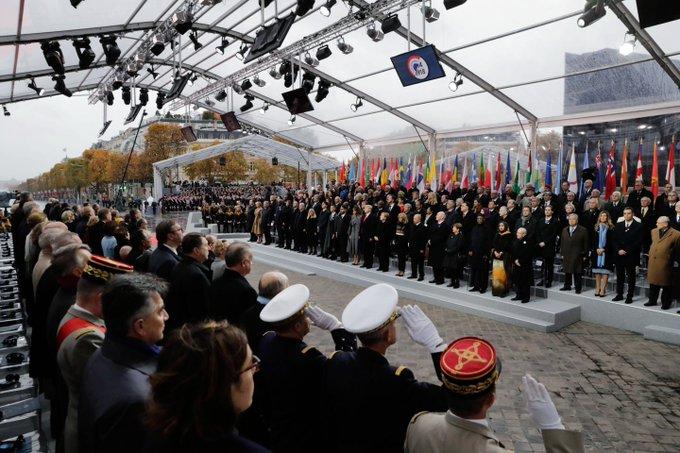В Кремле заметили, что в Париже не было зачитано письмо русского солдата: Фото