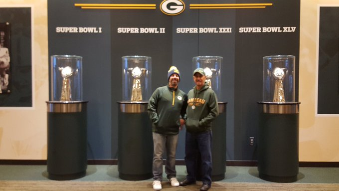 An amazing trip to Green Bay! Most importantly, I get to experience this with my Dad. #GoPackGo Foto
