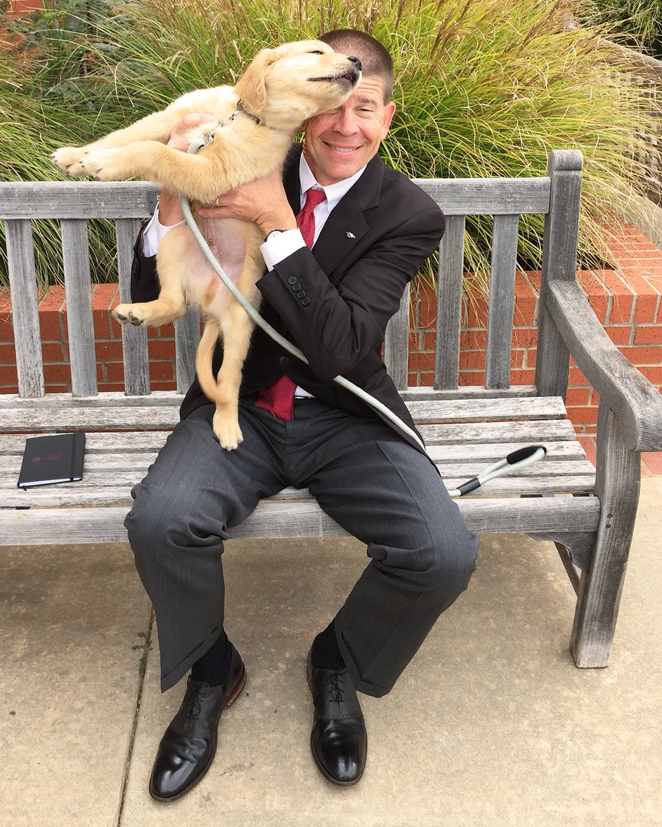 Benson, the only puppy enrolled at OC, makes face time with President John deSteiguer as he begins on a journey to become a therapy dog! TOTO, which is the organization training Benson, is dedicated and passionate about student health and happiness. #StudentLife #DogLife<br>http://pic.twitter.com/pDutuHkbde