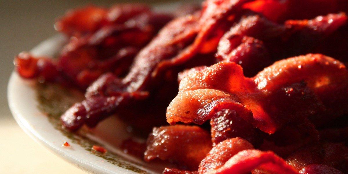 5 Things That Probably Shouldn't Taste Like #bacon. #foodporn #happyfood https://t.co/TGozzT77Ss https://t.co/FJ0k6nxe5y