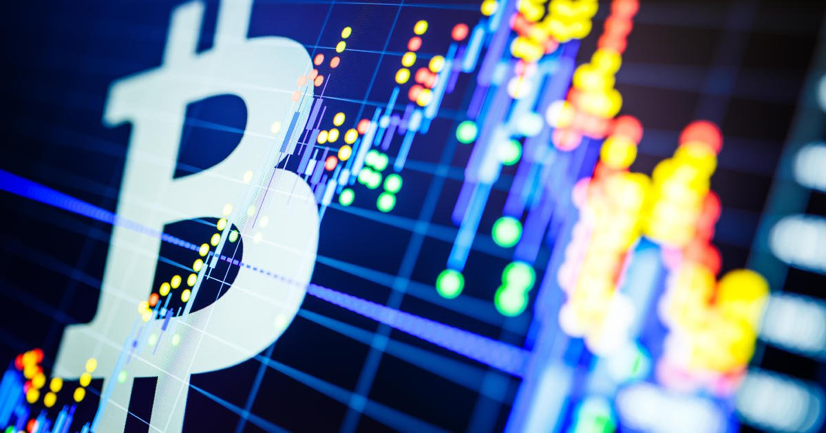 Bitcoin prices slide below $4000, as cryptocurrency hype recedes - CBS News https://t.co/CIf6DAYPny https://t.co/lpf13Ugifw