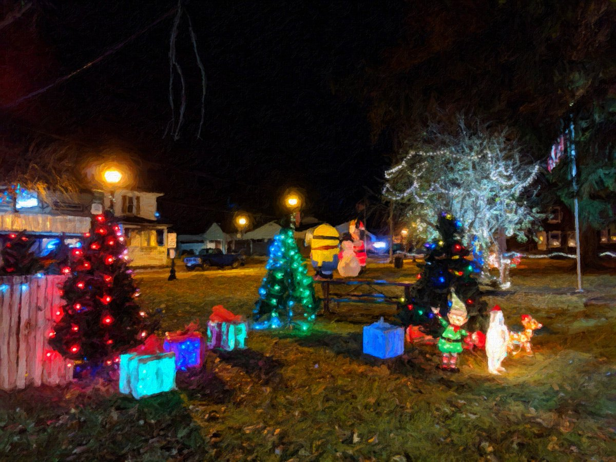 John Scalzi On Twitter Small Town Christmas Decorations