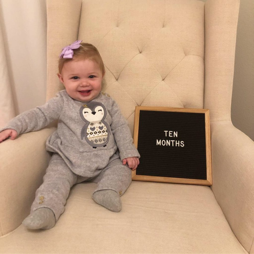 Hazel: ten months https://brookehamiltonblog.wordpress.com/2018/11/24/hazel-ten-months/…
