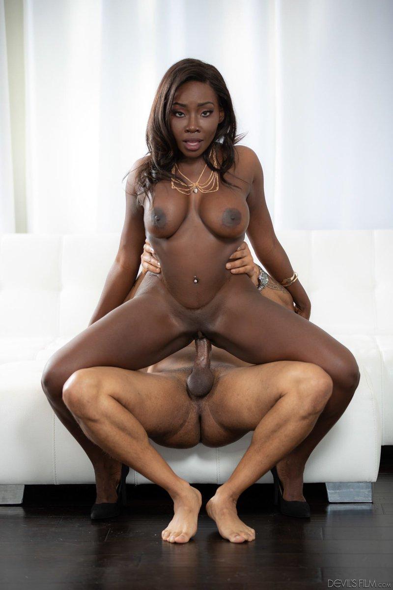 Ebony Babysitter Pussyfucked Before Facial