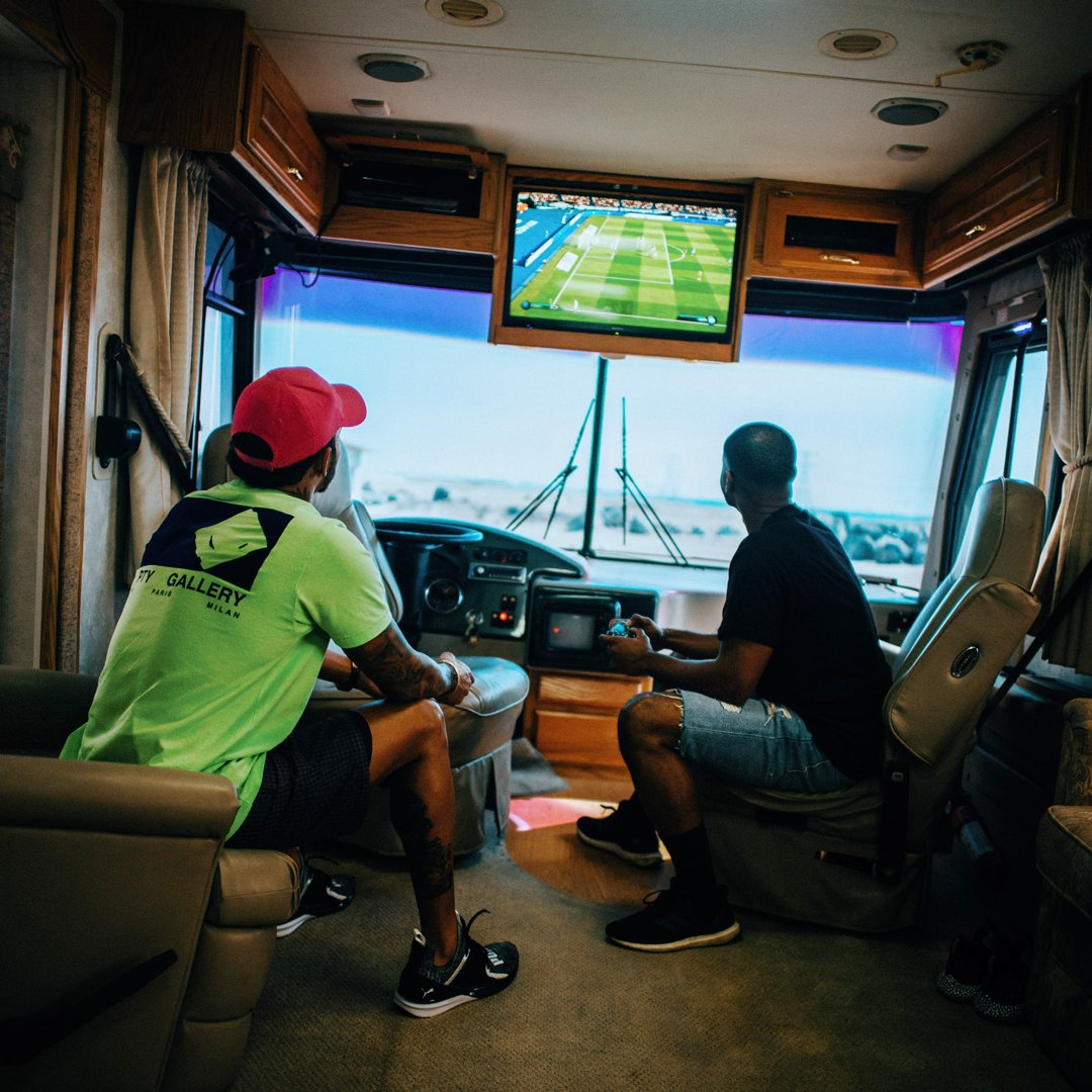 FIFA 19 in the desert with my bro @KingBach ⚽️🔥 #FIFAWorldTour #FIFA19 #ad @EASPORTSFIFA