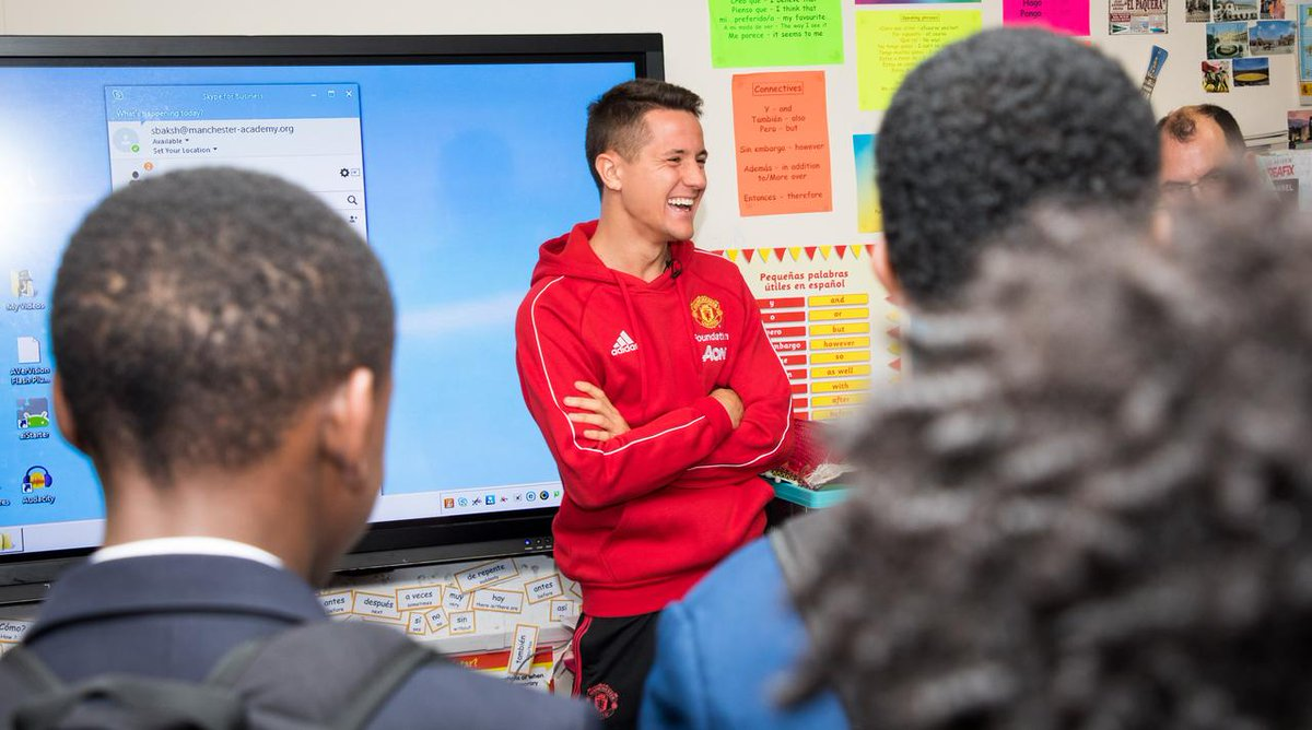 .@AnderHerrera pulled off the perfect Spanish surprise at Manchester Academy High School earlier in the week.  @MU_Foundation #MUFC