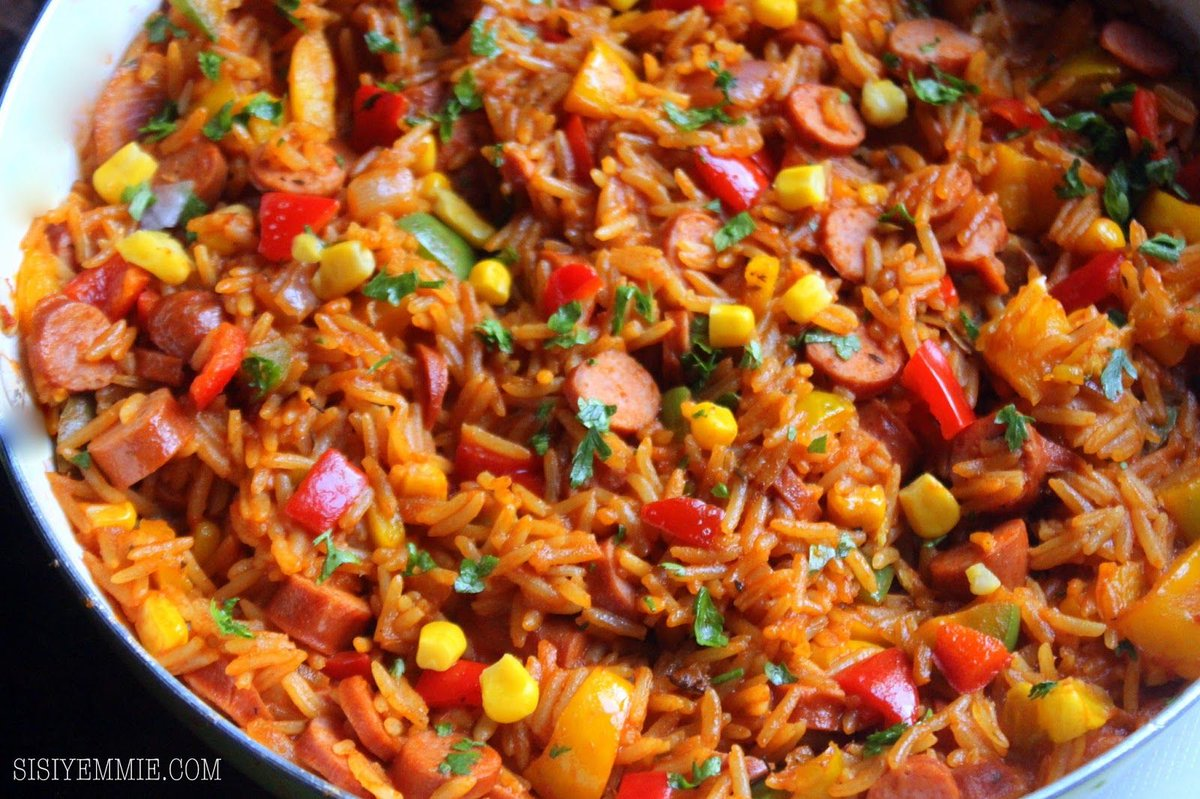 8 unforgettable Jollof recipes you should try this Sunday 😋🍅: https://t.co/8wU26tkOiV https://t.co/ZfUsqvs8Mc