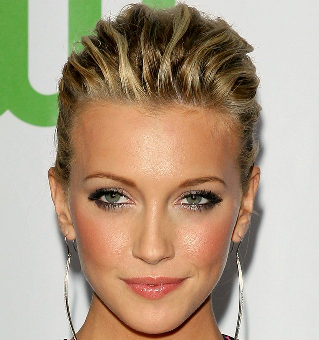 Katie Cassidy November 25 Sending Very Happy  Birthday Wishes! All the Best!