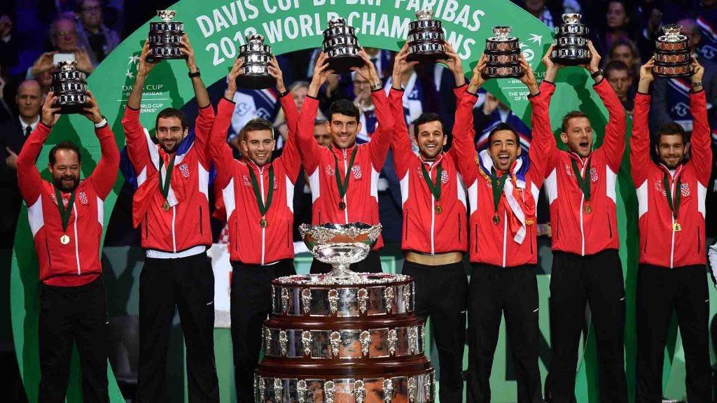 Za povijest! Bravo dečki, sjajnu sportsku godinu okončali ste na najbolji mogući način. Sve čestitke, više nego zaslužen trijumf! Uživajte u proslavi!💪🏻🏆🇭🇷 #iznadsvihhrvatska #malazemljavelikisnovi #hrvatska #smallcountrybigdreams #croatia