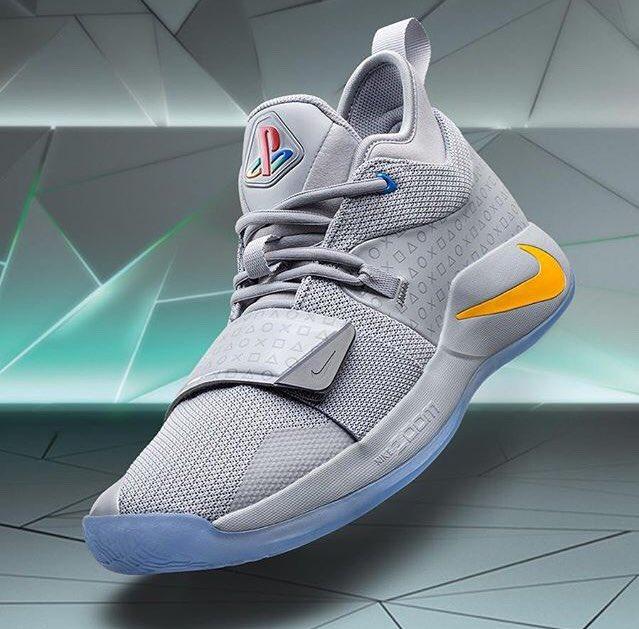 """69925bdd5cf31 Skye s Sneaks of the Week  1.  Nike PG 2.5 x  PlayStation 2. PG 2.5 """"N7"""" 3.   Jumpman23 XX9 4. Anta KT4  Nike  Jordan  Anta  PlayStation  PG  Klay ..."""