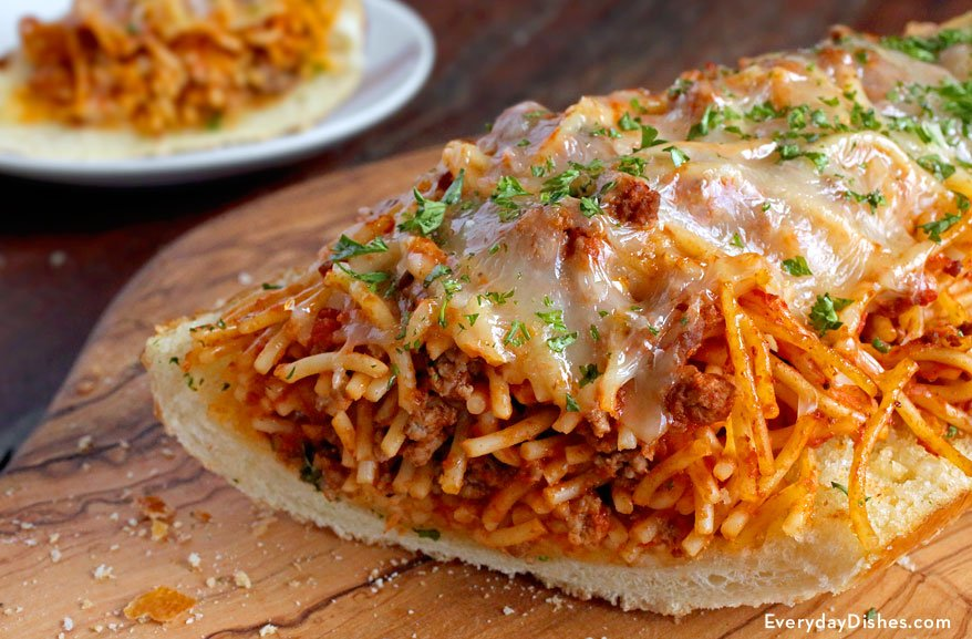 Easy Garlic Bread Spaghetti Sandwich #Recipe  https://t.co/qKFK3TqDvP https://t.co/1SOTNcvyLz