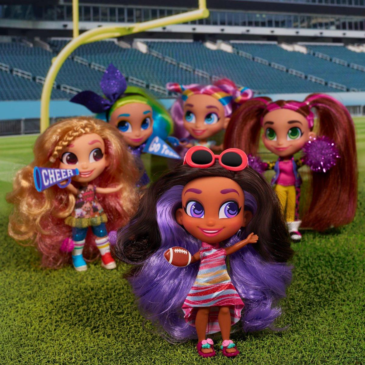 Dolls Twitter Search