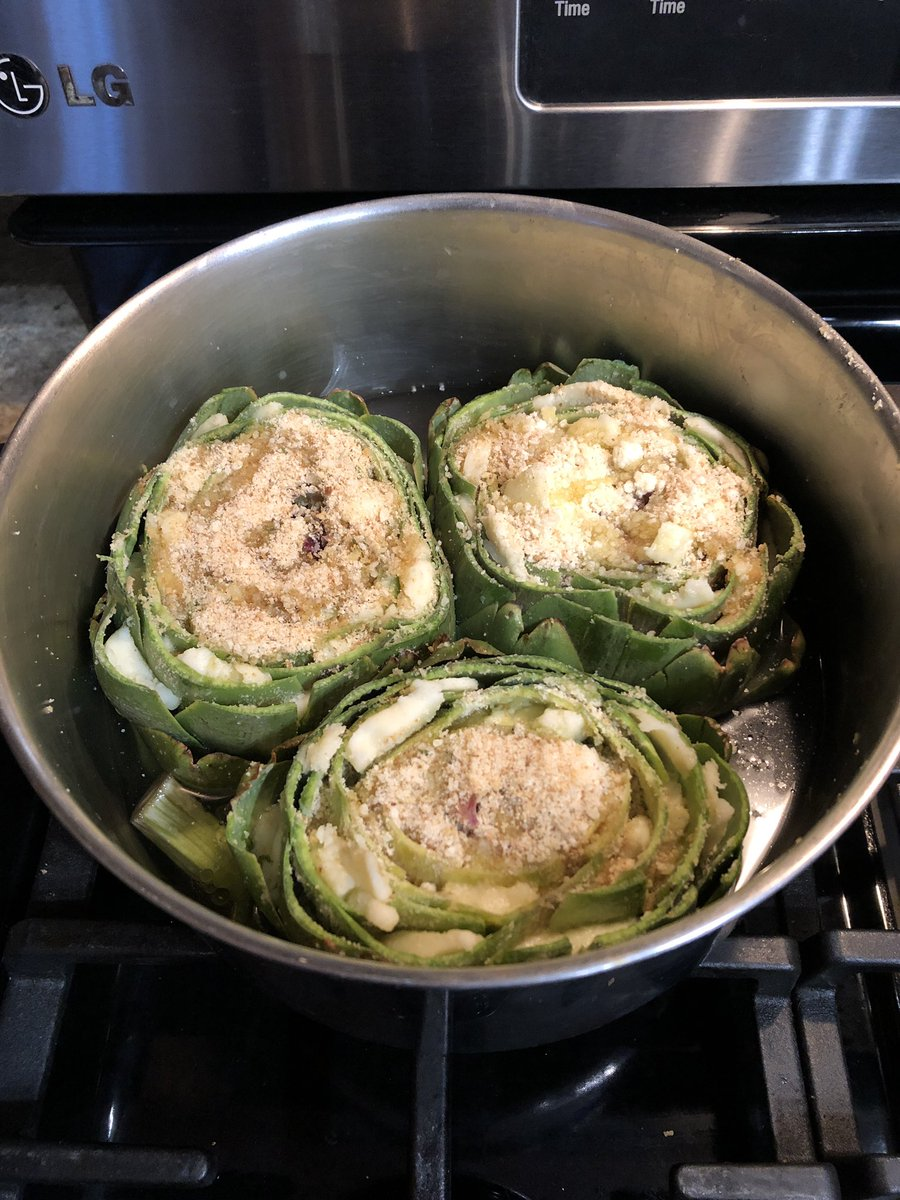 Stuffed #artichokes for #dinner tonight! #fresh https://t.co/IMJrdBxulS