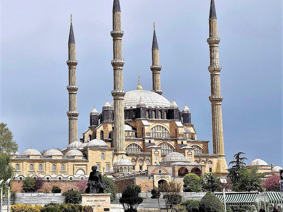 """天離る auf Twitter: """"国境の町エディルネのセリミエモスク トルコ西端のエディルネのセリミエモスクはオスマン帝国時代に造られる。オスマン帝国は東ローマ帝国を滅ぼしイスタンブールを首都にする。  #セリミエモスク #エディルネ #イスラム #オスマン帝国 #トルコ ..."""